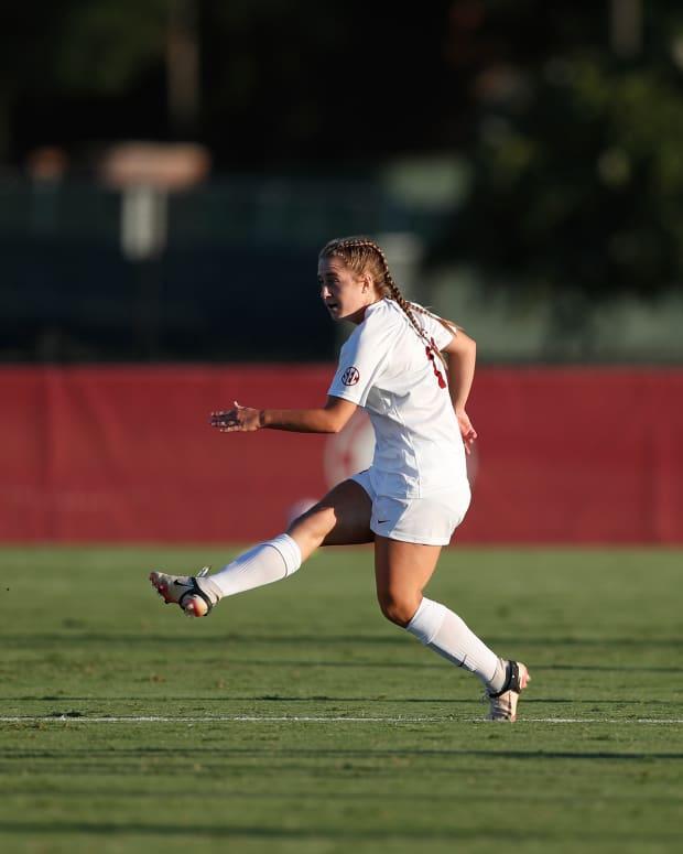 Kate Henderson, Alabama soccer