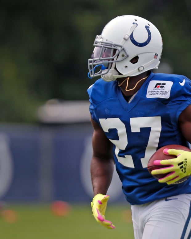 Colts #27 Xavier Rhodes runs a drill during training camp Friday. Aug. 6, 2021 Friday, Aug. 6, 2021 at Grand Park in Westfield. Colts Training Camp Friday Aug 6 2021