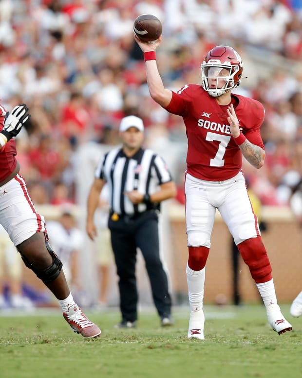 Oklahoma's Spencer Rattler (7) throws a pass during a college football game between the University of Oklahoma Sooners (OU) and the Western Carolina Catamounts at Gaylord Family-Oklahoma Memorial Stadium in Norman, Okla.,