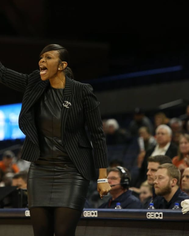 Tina Thompson Virginia Cavaliers women's basketball