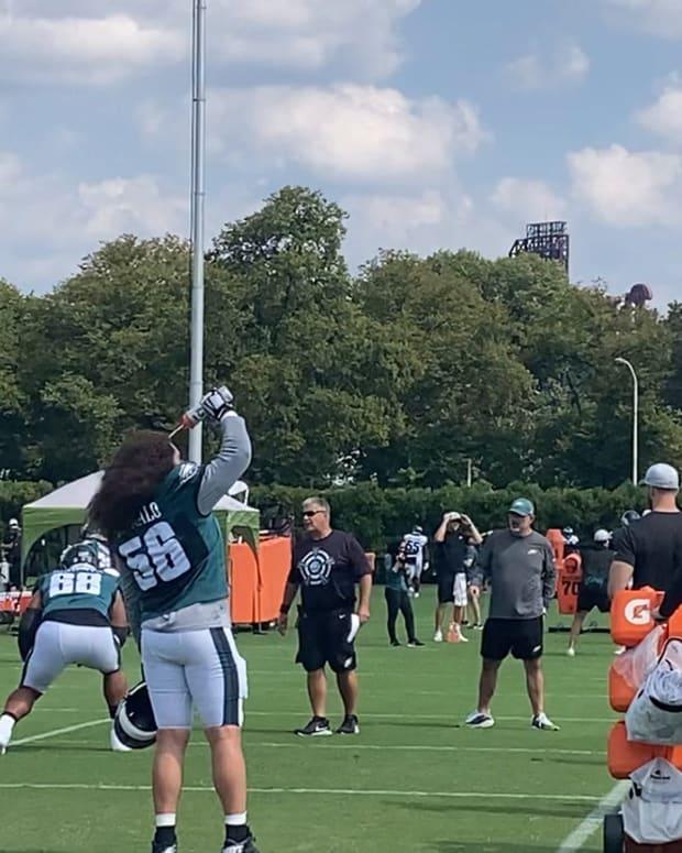 Eagles practice footage on Sept. 15