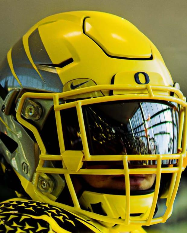 Oregon Football Week 3 Uniforms