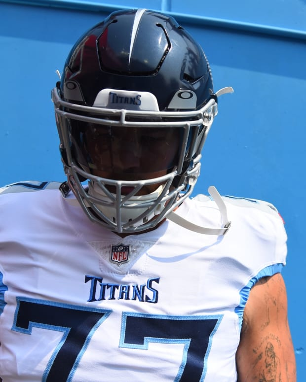 Tennessee Titans offensive tackle Taylor Lewan (77) before the game against the Arizona Cardinals at Nissan Stadium.