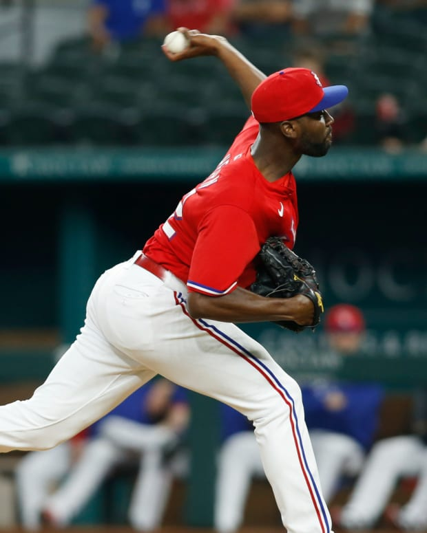 Sep 17, 2021; Arlington, Texas, USA; Texas Rangers starting pitcher Taylor Hearn (52) throws a pitch in the first inning against the Chicago White Sox at Globe Life Field.