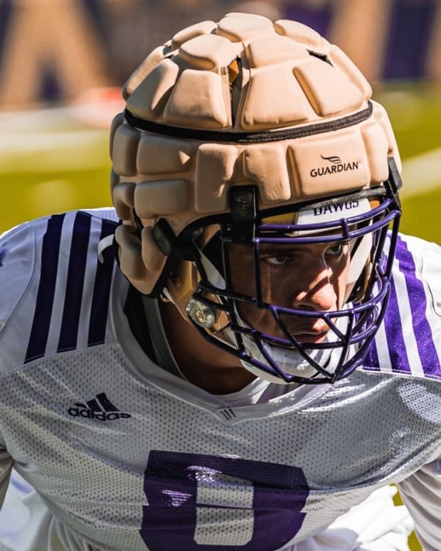 Bralen Trice has one of the UW's longest fumble returns for a touchdown.