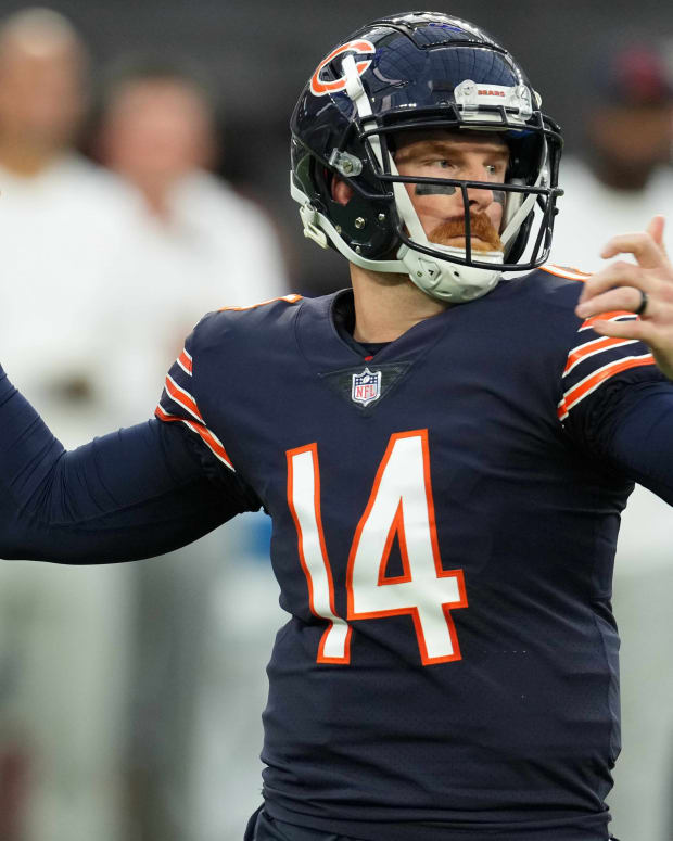 Sep 12, 2021; Inglewood, California, USA; Chicago Bears quarterback Andy Dalton (14) throws the ball against the Los Angeles Rams in the first half at SoFi Stadium. Mandatory Credit: Kirby Lee-USA TODAY Sports