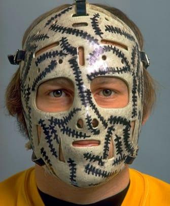 1971-Gerry-Cheevers-goalie-mask-05588238.jpg