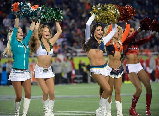 NFL-Pro-Bowl-Cheerleaders-AP_17031072403032.jpg