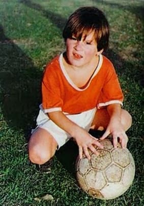 1992-94-Lionel-Messi-childhood.jpg