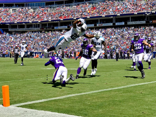 2016-0911-Tennessee-Titans-Minnesota-Vikings-game-iphone-7-Plus-SI537_TK1_02718_iphone.jpg