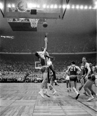 1957-Bill-Russell-Game-7-001309294.jpg