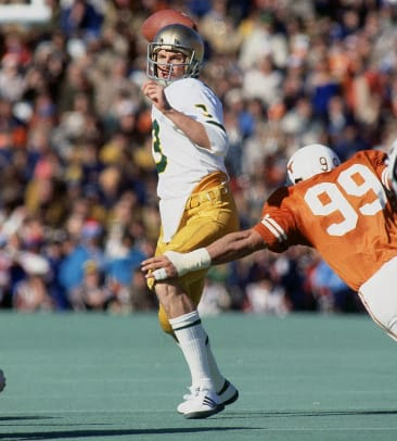 1978-Cotton-Bowl-Joe-Montana-001091509.jpg