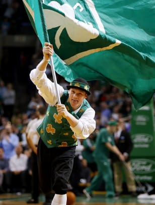 Boston-Celtics-mascot-Lucky-the-Leprechaun.jpg