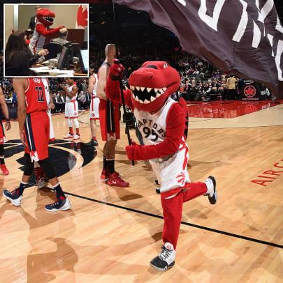 Toronto-Raptors-mascot-The-Raptor.jpg