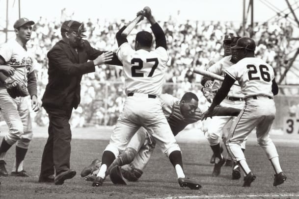 1965-Juan-Marichal-Johnny-Roseboro-001296603.jpg