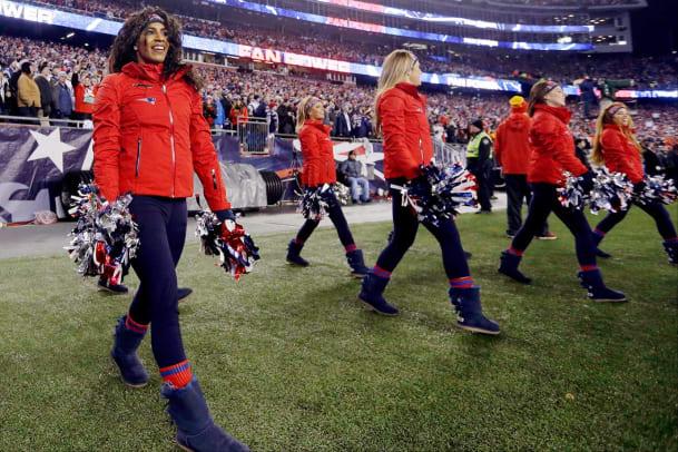 New-England-Patriots-cheerleaders-AP_664141847470.jpg