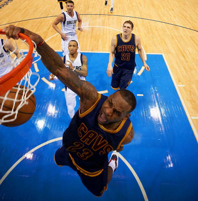 LeBron-James-X159345_TK1_2439.jpg