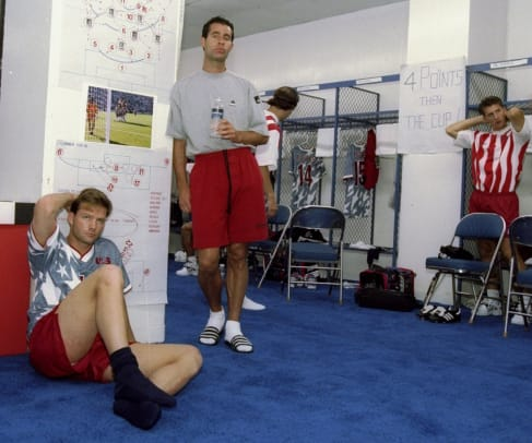 wynalda-usa-switzerland-locker-room