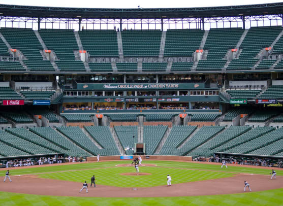 2015-Orioles-White-Sox-empty-stadium-Camden-Yards-X159545_TK1_0533_0.jpg