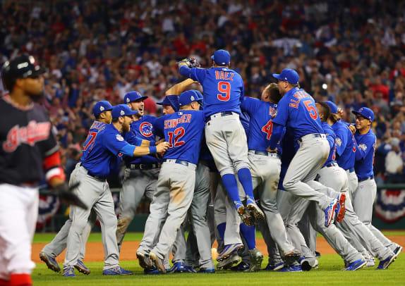 2016-World-Series-Chicago-Cubs-celebration-SI597_TK7_5263_0.jpg