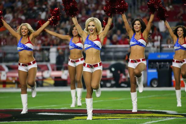 Arizona-Cardinals-cheerleaders-AZ_Cards_Cheer-112215-ZYP_0965.jpg