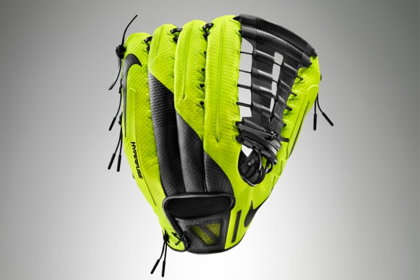 Ho14_AT_Baseball_360_Glove_Back_V4.jpg