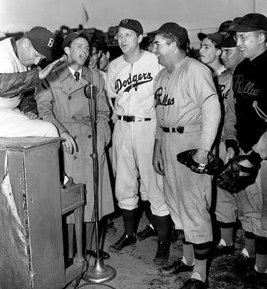 1944-Frank-Sinatra-Charley-Dresser-Dixie-Walker-Freddie-Fitzsimmons.jpg