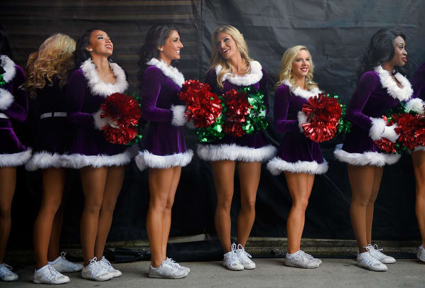 Baltimore-Ravens-cheerleaders-AP_695132144574.jpg