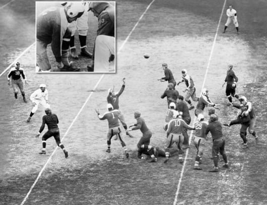 1934-Giants-Bears-Sneakers-Game.jpg