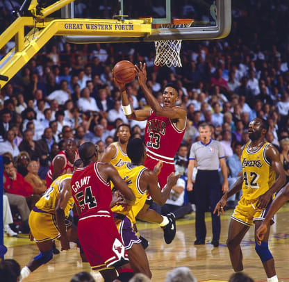 1991-0609-Scottie-Pippen-005032331_0.jpg