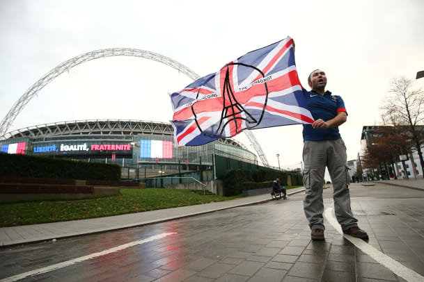 England-France-fan-honors-Paris-victims.jpg