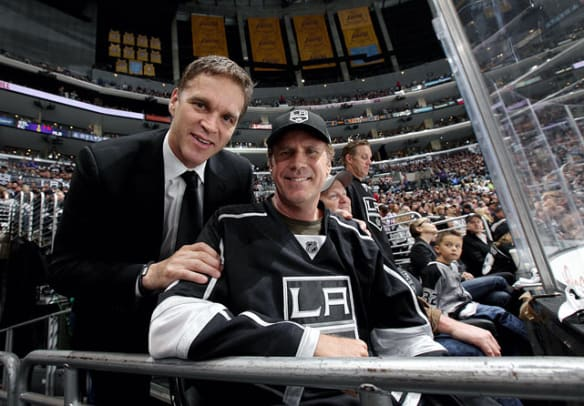 140605125457-will-ferrell-luc-robitaille-single-image-cut.jpg