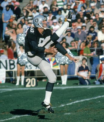Punter: Ray Guy