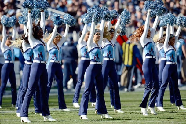 131230171913-tennessee-titans-cheerleaders-ap153690244105-8-single-image-cut.jpg
