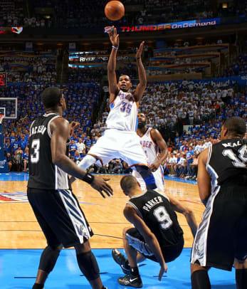 Thunder defeat Spurs