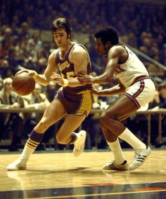 Los Angeles Lakers: 33