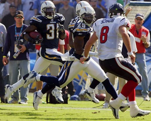 Chargers 35, Texans 10