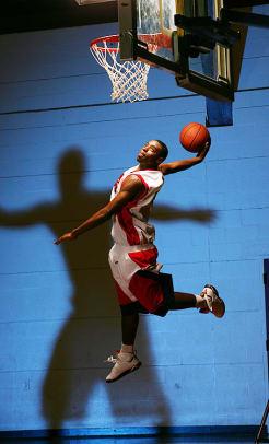 tyreke-evans-high-school-dunk.jpg