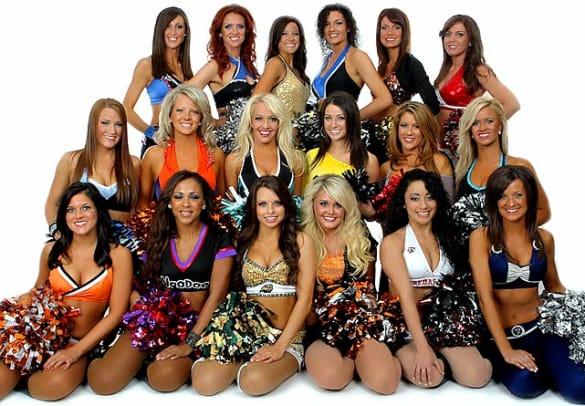 09-AFL_Dream_Team_Dancers-Y.jpg