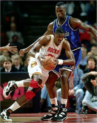 Rockets defeat Magic
