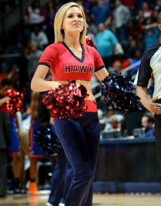 hawks-cheerleaders-opy5-61907.jpg