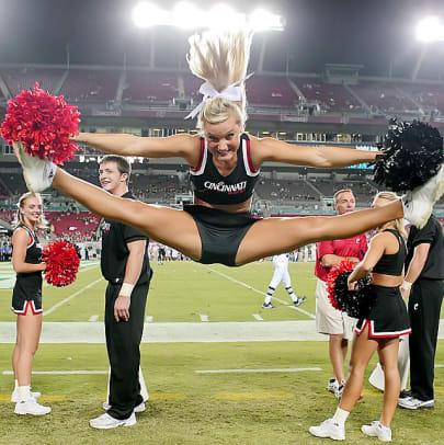 cheerleader.BRY_8940.jpg