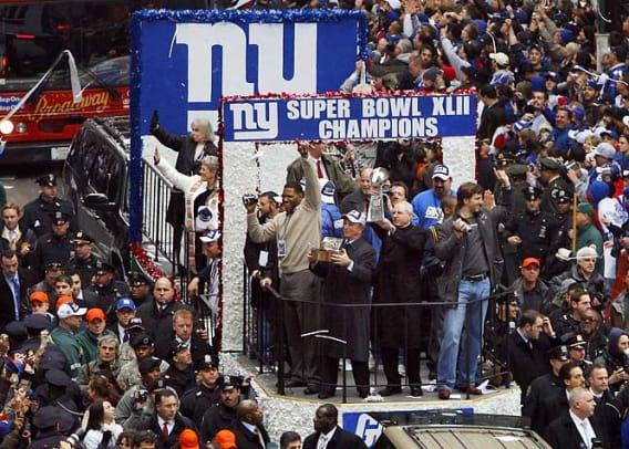 Giants-Parade-Football.jpg