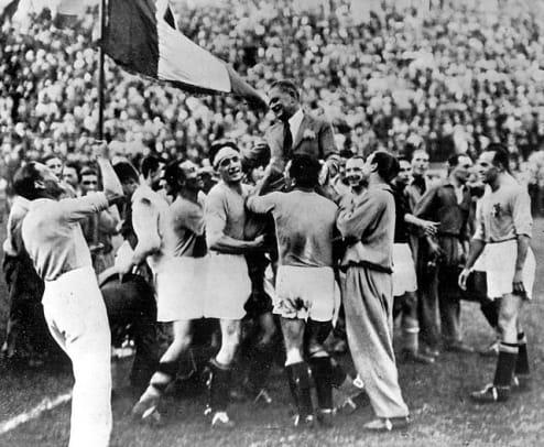 1934: Italy