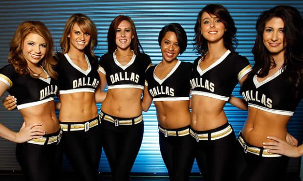 dallas-stars-ice-girls%2801%29.jpg