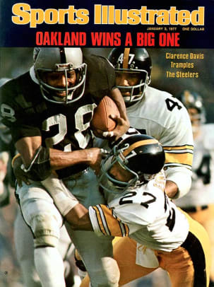 1976: Raiders 24, Steelers 7