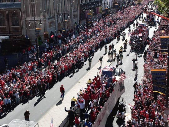 Fans celebrate with Phillies at victory parade
