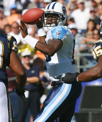 Titans draft Vince Young