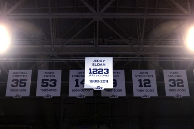Jazz honor Hall of Fame coach Jerry Sloan by raising '1,223 ...