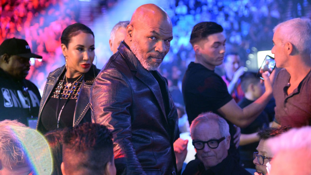 <label><a href='https://www.mvpboxing.com/news/boxing/34725/Report-Mike-Tyson-Returning-to-Ring-for-Eight-Roun' class='headline_anchor'>Report: Mike Tyson Returning to Ring for Eight-Round Match vs. Roy Jones Jr.</a></label><br />Tyson announced on Thursday the formation of the Legends Only League, a platform for retired athlete